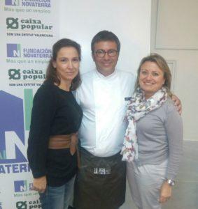 Sonia Selma Jesús Machí SJ Taller de pan en Fundación Novaterra