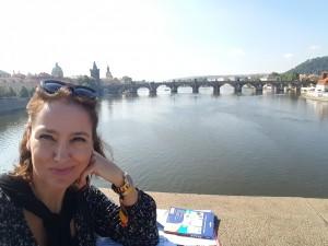 Puente de las Legiones desde el Puente de Carlos Moldava River Sonia Selma