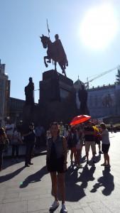 Sonia Selma en Plaza Wenceslao Praga Ago16 (1)