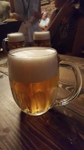 Cerveza en Konvit Restaurant Sonia Selma en Praga Ago16 0