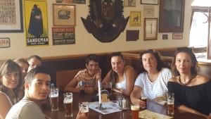 Sonia Selma cerveceando en Praga Agosto 16